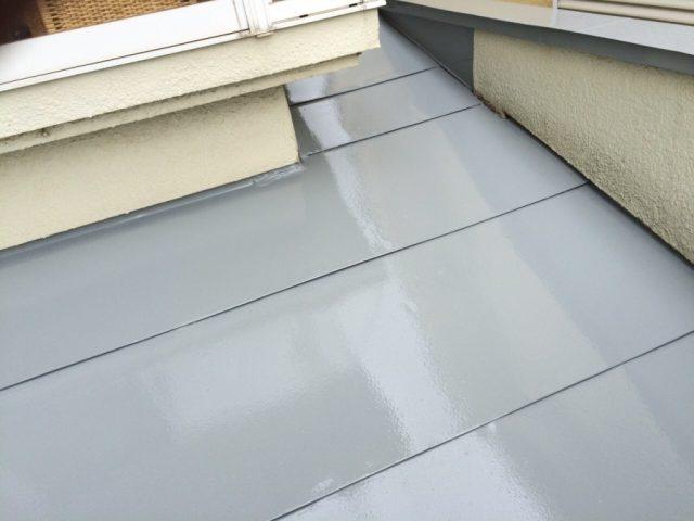 埼玉県越谷市 T様邸の施工例 鉄屋根塗装の工事