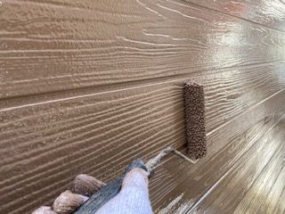 外壁の上塗り塗装
